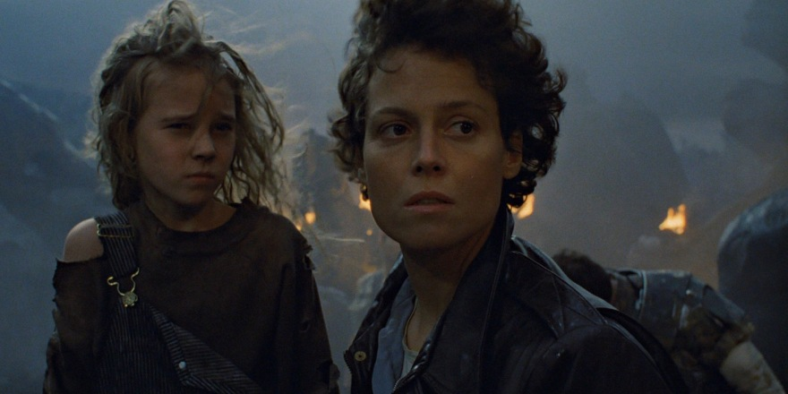Sigourney-Weaver-as-Ripley-in-James-Camerons-Aliens